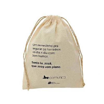 embalabrindes - Produto sustentável feito 100% em algodão cru, com cordão duplo de juta e logo frontal.    Tamanho: Personalização de acordo com a necessidade do clie...