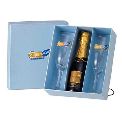 Kit em Caixa Color Plus contendo 02 Taças de champanhe Gallant e 01 Champanhe Chandon Baby 187ml.