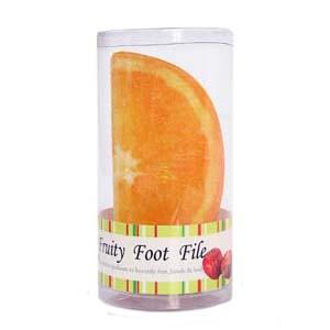 Lixa para pé em PVC, na forma de laranja - Embalado em caixa de PVC.