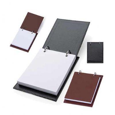 reina-brindes-promocionais - Bloco de anotação de mesa com trilho de ferro, material couro sintético.