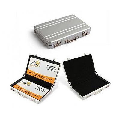 Reina Brindes Promocionais - Porta cartão maleta alumínio