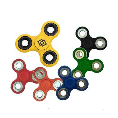 Reina Brindes Promocionais - Spinner - fabricado em ABS com rolamento de aço inox e anéis em liga de aço.