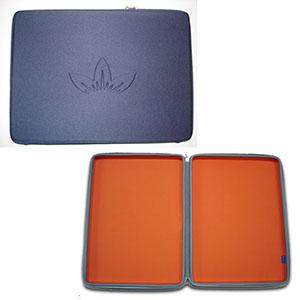 Optitex - Estojo para notebook termo moldado em E.V.A revestido com tecido helanca, com zíper