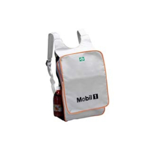 master-bolsas - Mochila em poliéster 600, com bolsos frontal, laterais e fino acabamento interno.