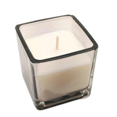 botanica-velas - Linda vela em vidro quadrado, aroma Amber Wood Medida 6x6cm Facilmente personalizável Opções de cor: incolor, azul e fumê