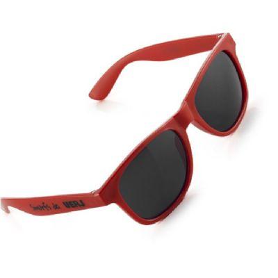 2c7df7a4de3a3 Brindes Oliveira - Óculos de sol com proteção de 400 UV