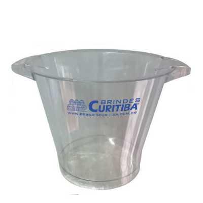 Brindes Curitiba - Balde em PS Cristal, capacidade de 05 litros, medidas de 20,5 cm de altura, diametro da boca de 25 e fundo de 16 cm.  Impressão em serigrafia.