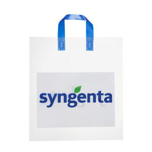 Sacola plástica alça fita soldada. Encontre essa e outras sacolas promocionais no freeshop.com.br/brindes