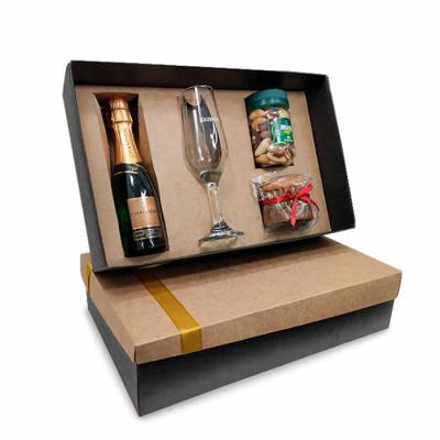 BT9998 Kit Natal gourmet 1 Caixa Personalizada 1 Nut de Nozes 1 Mini Chandon 1 Taça Personalizada...