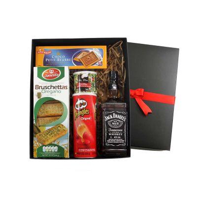 Beetrade Gift - A Beetrade preparou kits bebidas diferenciados para surpreender seus clientes e colaboradores, o kit é composto por  1 espumante salton 375ml, 1 bisco...