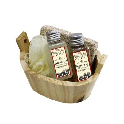 - Kit Banho Ofuro: 1 Pedra Pome 1 Bucha de Banho Sintética 1 Pet 40ml de Sabonete Liquido 1 Pet de Sal de Banho