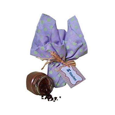 Beetrade Gift - Kit de brigadeiro de colher composto por 01 potinho de brigadeiro pequeno, 01 embalagem de tecido de poá decorada com laço em rafia ou fita de cetim....