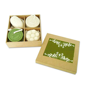 Beetrade Gift - Kit dia das mulheres com caixa de MDF, sabonete mouse, sabonete massageador e 2 sabonetes artesanais.