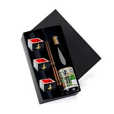 Beetrade Gift - Caixa para presente com Sakê Japonês Hakushika 720ml, 3 copos e 2 pares de hashi. Satisfação garantida para os seus clientes!