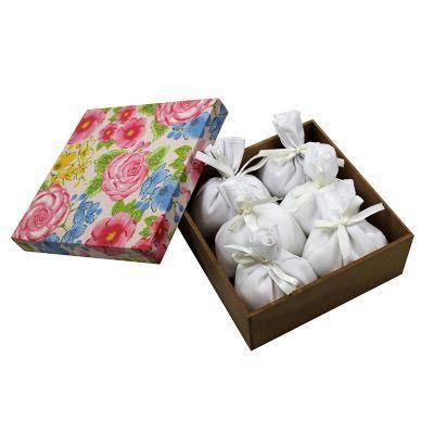 Caixa com seis sachês perfumados