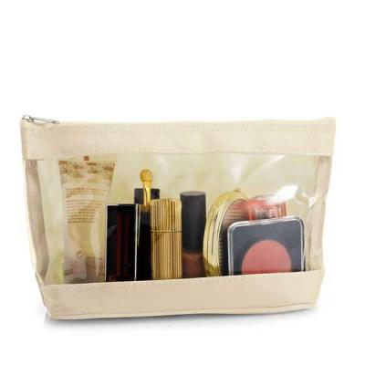 Beetrade Gift - Necessaire de Cosmeticos Stilo   Medidas 17x10x6 cm  Disponivel nas cores: Preto e Vermelho  Peronalização em Silk ou Placa