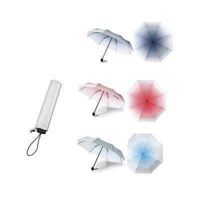 - Guarda-chuva dobrável degradê confeccionado em Poliéster. Dobrável em três secções. Fornecido em bolsa com mosquetão. Abertura total: 95,0 cm. Consult...