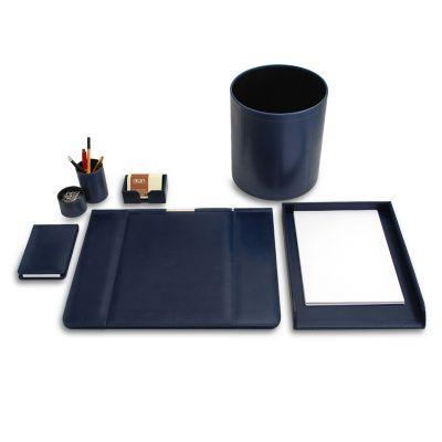Kit escritório em couro azul.