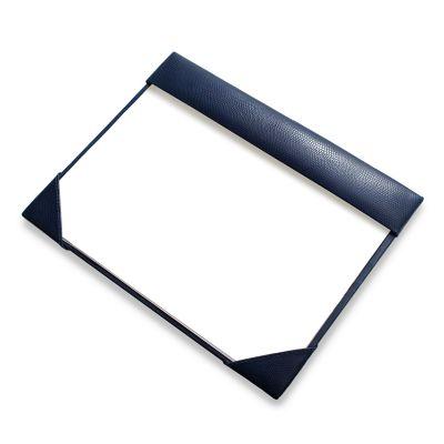 laeder-couro - Risque e rabisque em couro azul.