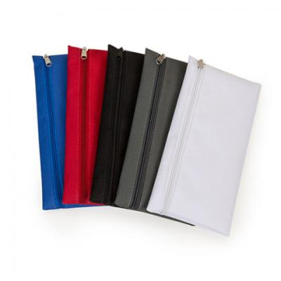 Necessaire de nylon com diversas cores 12x24 cm.