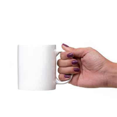 Qualy Brindes - Caneca de porcelana branca, 310 ml, com gravação em UV em até 320º.