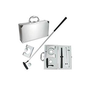 Qualy Brindes - Kit golfe com maleta sofisticada feita em alumínio,taco montável e bolas.