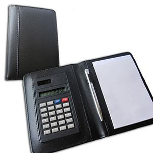 qualy-brindes - Porta bloco de rascunho com capa de couro,calculadora e caneta.