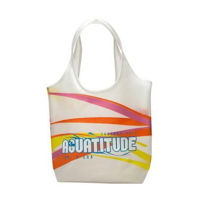 PVChic - Um modelo de sacola com estilo e bom tamanho - 59 (incluso 26 cm de alça) x 28 x 12 cm. Ela é a sacola que a pessoa carrega muita coisa dentro. Foi pe...