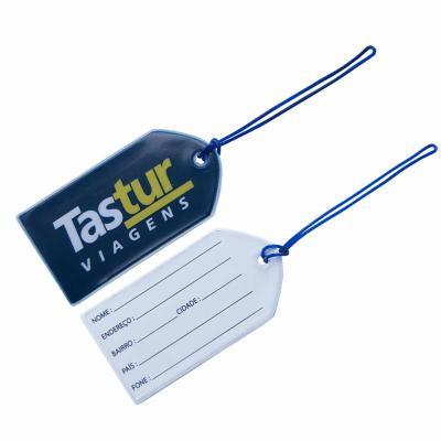 PVChic - Tag de mala, fabricado no processo de costura eletrônica (solda eletrônica). Mede 6,5 x 12,5 cm e é confeccionado em laminado de PVC gravação camurça...