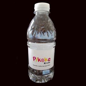 By Luciana Godoy - Personalizados Especiais - Água personalizada Pikoka Kids.