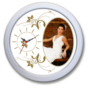Relógio de parede com uma área interna ampliada para melhor ilustração. - Icones Relógios