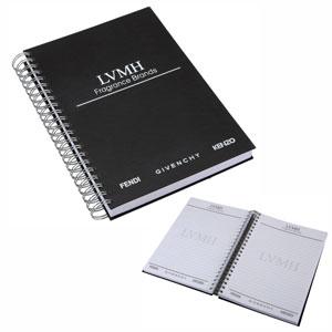 white-brindes - Caderno capa dura em percalux, com 200 folhas.