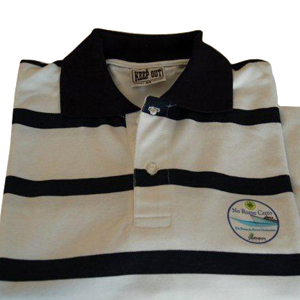 Camisa pólo listrada. Personalize com diferentes tipos de gravações. - Keep Out Confecções