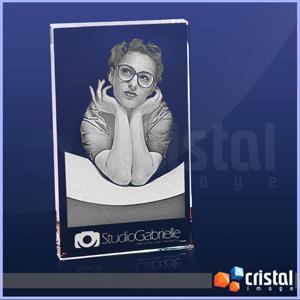Placa Personalizada em Cristal Retangular, com gravação a laser personalizada no interior da peça. Pode ser gravada na posição horizontal ou vertical.... - Cristal Image