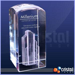 Cristal Image - Peça em cristal óptico K9, 100% transparente. Gravação 2D e 3D no interior da peça à laser. Peça versátil possibilita gravação para diversas finalidad...