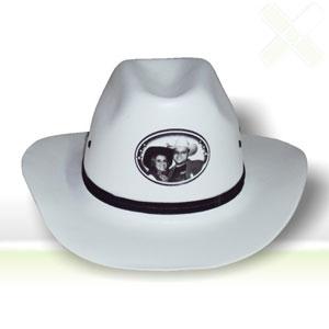 Chapéu cowboy com gravação personalizada e formatos sob medidas. - Stamp Visual