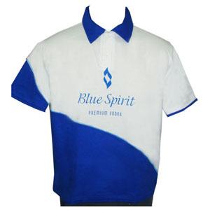 stantex-solucoes-texteis - Camisa polo em algodão com detalhes nas mangas e gravação personalizada.