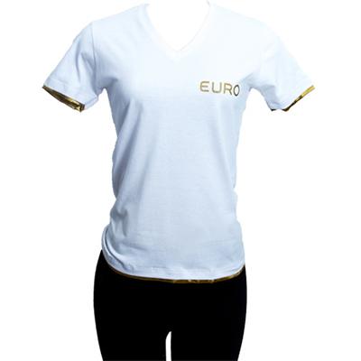stantex-solucoes-texteis - Camiseta gola V em malha com detalhes em cetim e impressão em silk.