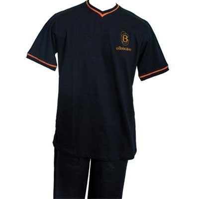 stantex-solucoes-texteis - Camiseta gola V em malha com detalhe e impressão em silk.