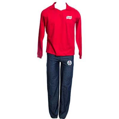 stantex-solucoes-texteis - Camisa Pólo em malha e calça jeans bordadas.