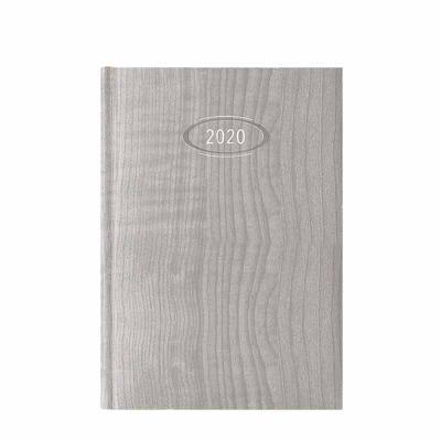 pombo-lediberg - AGENDA POMBO BÁSICA DIÁRIA, SEMANAL OU MENSAL – MODELO AP GIAVA - Capa com base em papel lisa amadeirada. - Cinco opções de cores (438-avelã, *441-caf...