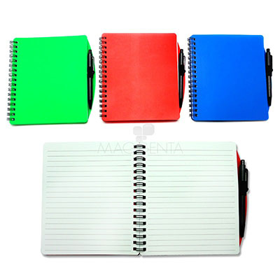 maggenta-produtos-promocionais - Bloco de Anotações com capa plástica e caneta, material de plástico com 50 folhas