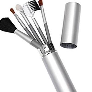 Maggenta  Produtos Promocionais - Kit de pinceis para maquiagem com diversas opções, para diferentes tipos de rosto.