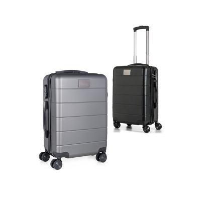 - Mala de viagem personalizada produzida material resistente com sofisticação, conforto e qualidade. Possui alça superior e lateral, cadeado, rodas com...
