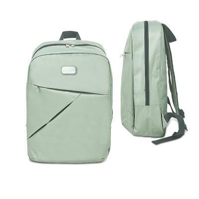 - Mochila para notebook personalizada em nylon sintético simulando tecido, possui bolso frontal, bolso interno com compartimento para objetos, porta can...
