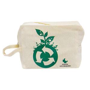 maggenta-produtos-promocionais - Necessaire ecológica com impressão personalizada.