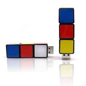 maggenta-produtos-promocionais - Pendrive personalizado no formato de lego.