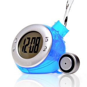 Relógio ecológico de mesa digital, movido a água.