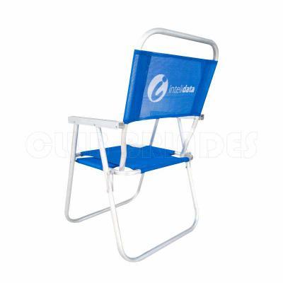 Cadeira de Praia modelo Alta confeccionada em tubo de alumínio. Disponível em várias Cores. Gravação da logomarca em 1 cor já inclusa.  Materiais util... - Club Brindes