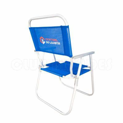 Cadeira de Praia modelo Alta confeccionada em tubo de alumínio. Disponível em várias Cores. Gravação da logomarca em 1 cor já inclusa.  Materiais util...